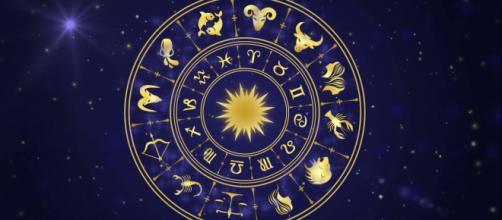 L'oroscopo di domani 18 gennaio (1^ metà).