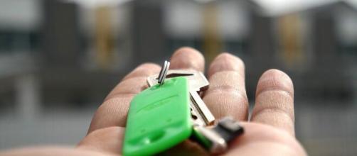La Covid-19 hunde los alquileres de pisos en Madrid y Barcelona