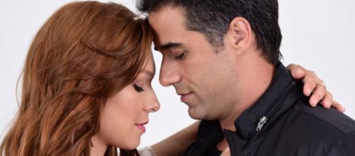 """Miguel e Angélica em """"Amor Sem Igual"""". (Reprodução/Record TV)"""