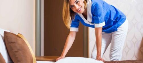 La limpieza de los dormitorios es una medida esencial, ante los daños del coronavirus.