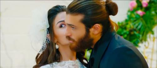 DayDreamer trama Turchia: Can e Sanem fingono di sposarsi sotto gli occhi delle loro madri.