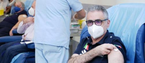 Fabrizio Pregliasco inquietato dalle varianti del coronavirus in circolazione.
