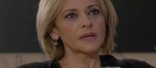 Anticipazioni Un Posto al sole finosettimana fino al 22 gennaio: Silvia aggredita, Ilaria cerca di fare pace con Rossella