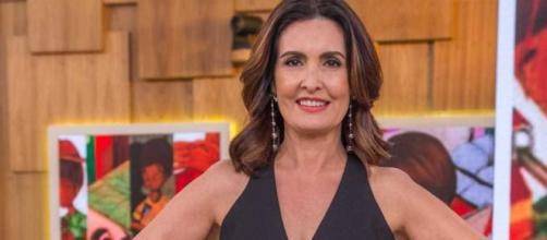 Fátima Bernardes comemora vacina. (Reprodução/TV Globo)