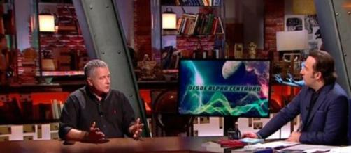José Manuel Nieves junto a Iker Jiménez en ´Cuarto Milenio´ debatiendo una posible vida extraterrestre