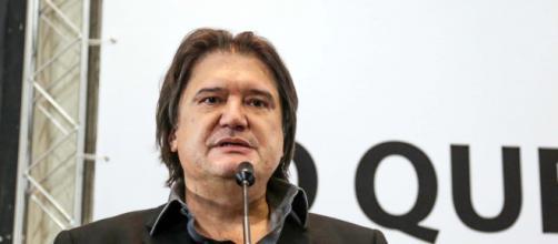 Jurista Pedro Serrano culpa Bolsonaro e Maia pela crise sanitária. (Arquivo Blasting News)