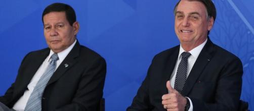 Mourão sobre pedidos de impeachment contra Bolsonaro: 'tudo é motivo para impeachment'. (Arquivo Blasting News)