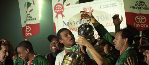 Em 1999, o Palmeiras chegou muito perto da conquista do Mundial. (Arquivo Blasting News)