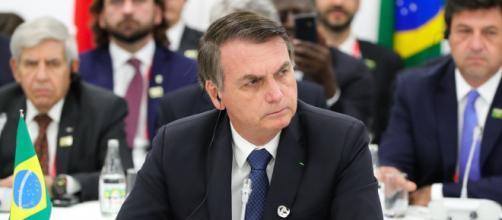 Para muitas pessoas, Bolsonaro está se preparando para dar um golpe. (Arquivo Blasting News)
