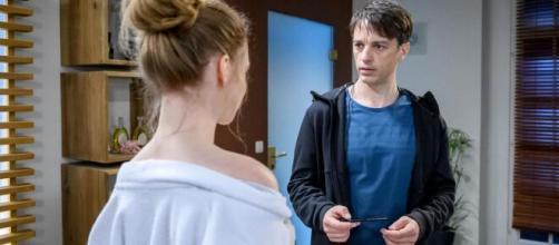 Tempesta d'Amore, anticipazioni tedesche: Robert si sentirà in colpa e Florian tradito.