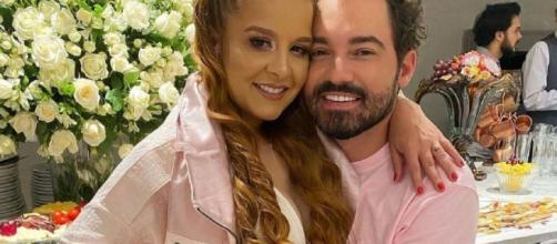 Maiara e Fernando Zor apostaram no rosa. (Reprodução/Instagram/@fernandozor)
