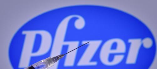Idosos na Noruega morrem após se vacinarem contra a Covid-19 com vacina da Pfizer. (Arquivo Blasting News)