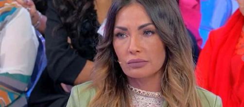 U&D, Ida Platano reagisce a offese social a lei e al figlio: 'Fai pena, da una donna è peggio'.