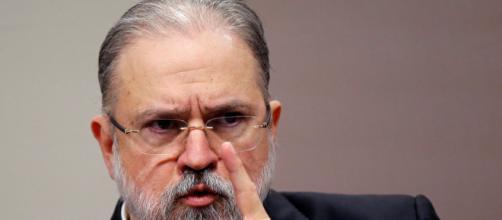Augusto Aras mostra alinhamento com Jair Bolsonaro. (Arquivo Blasting News)