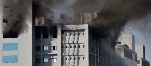 Incendio en la principal sede productora de vacunas del mundo en India