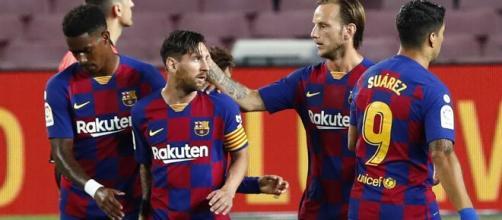 O Barcelona já foi disparado o clube com mais títulos no século... até parar de ganhar. (Arquivo Blasting News)