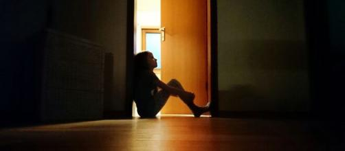A menina engravidou aos 10 anos após ser abusada pelo padrasto. (Arquivo Blasting News)