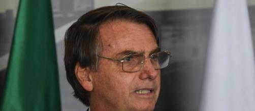 Bolsonaro dissemina fake news sobre a CoronaVac. (Arquivo Blasting News)