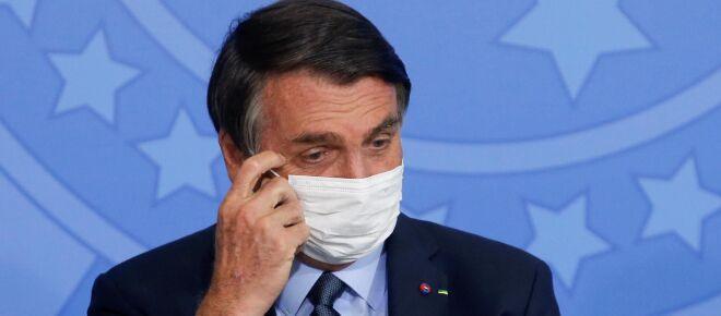Começa a se fechar cerco jurídico e político pelo impeachment de Bolsonaro, diz jornal