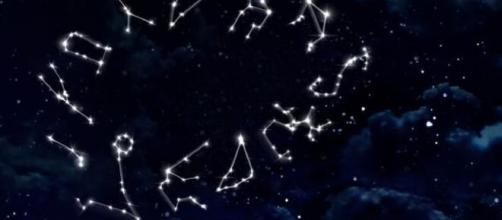 L'oroscopo di febbraio, 2^ sestina: cielo perfetto per i nativi Acquario, ottima Bilancia.