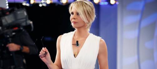 C'è Posta per Te, Graziella zittisce la conduttrice, telespettatori: 'Lesa maestà'.