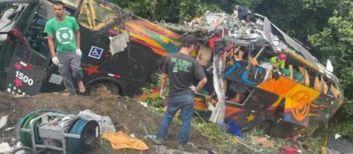 Acidente causou a morte de 21 pessoas e deixou vários feridos. (Arquivo pessoal/Juliano Neitzke)