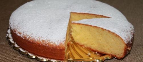 Torta margherita classica e al cacao, un dolce adatto a tutti i golosi.