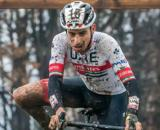 Fabio Aru impegnato in una gara di ciclocross