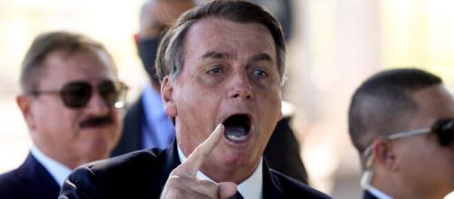 Bolsonaro agradece a China por envio de insumos para produzir a CoronaVac. (Arquivo Blasting News)