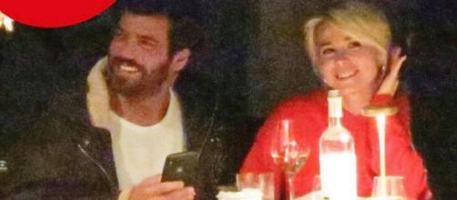 Can Yaman e Diletta paparazzati nuovamente insieme a Roma durante una cena (Foto Chi).