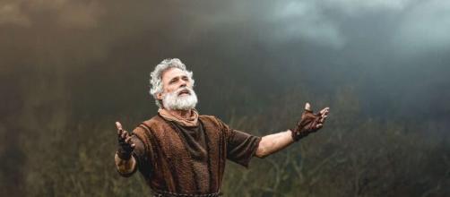 """Noé ajudará população em """"Gênesis"""". (Reprodução/RecordTV)"""
