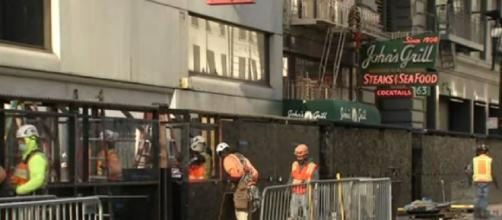 San Francisco mayor announces what can reopen after CA stay-at-home order lifted. [©ABC7 News Bay Area YouTube video]