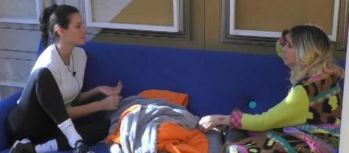 Gf Vip 5, Stefania confida a Mello: 'La scelta di Pierpaolo mi lascia perplessa'.