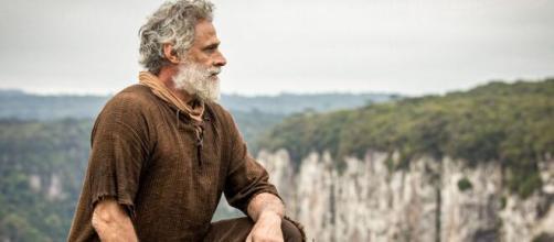 Oscar Magrini é Noé em 'Gênesis' (Reprodução/Record TV)