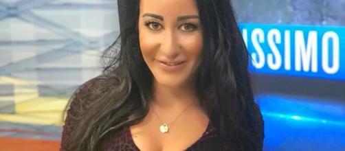 Emanuela Iaquinta, modella, opinionista sportiva e giornalista sportiva.