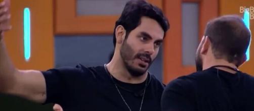 Rodolffo e Caio são amigos no 'BBB21'. (Reprodução/TV Globo)