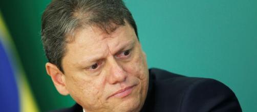 Circula em aplicativo de mensagens suposto áudio de Tarcísio Freitas com representante dos caminhoneiros. (Arquivo Blasting News)