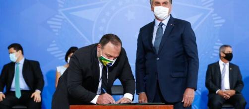 Governo negocia Ministério da Saúde com o Centrão. (Isac Nóbrega/Presidência da República)