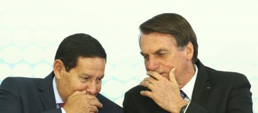 Mourão e Bolsonaro, relação desgastada. (Arquivo Blasting News)