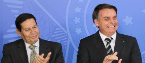 Mourão é mais bem avaliado entre senadores enquanto deputados preferem Bolsonaro, diz pesquisa. (Arquivo Blasting News)