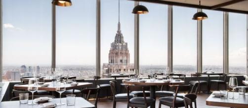 Nueva York se plantea la reapertura del interior de los restaurantes.