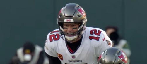 Analyst Skip Bayless think that not even Michael Jordan can match Tom Brady's 'clutchness' (©NFL/YouTube)