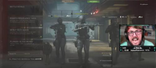 'Warzone' streamer called out Activision in an explosive rant about cheaters in-game [© BobbyPoffGaming/YouTube]