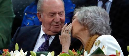 Los bisbiseos entre doña Sofía y Juan Carlos I, una imagen de unidad