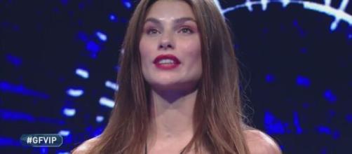 Grande Fratello Vip, Selvaggia e Stefania Orlando si scagliano contro Dayane Mello.