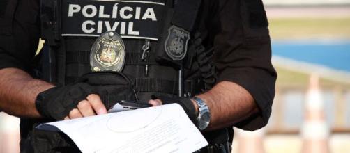 Homem preso por abusar de jovem de 13 anos em Fortaleza confessou que usou drogas para cometer o crime. (Arquivo Blasting News)