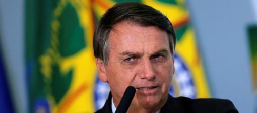 Bolsonaro suspende compra de seringas. (Arquivo Blasting News)