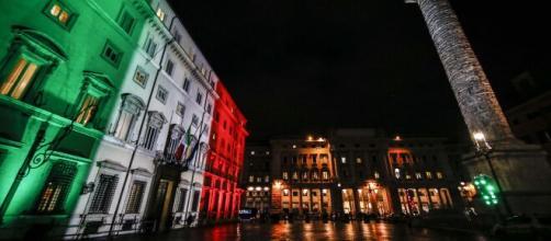 Coronavirus, giovedì 7 e venerdì 8 gennaio l'Italia torna in zona gialla: riaprono i bar e ristoranti.