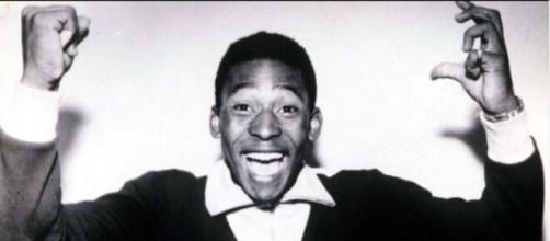 Pelé répond à ses détracteurs et dit que sa bio était toujours 'la même' depuis qu'il a rejoint la plateforme - ©Instagram pele