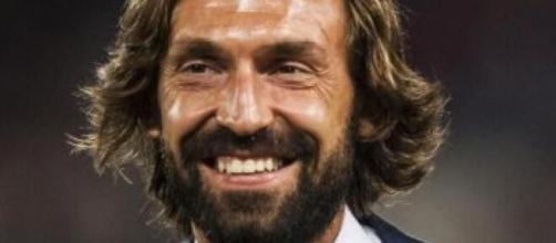 Moggi ha suggerito a Pirlo l'acquisto di un centrocampista e non di una punta.